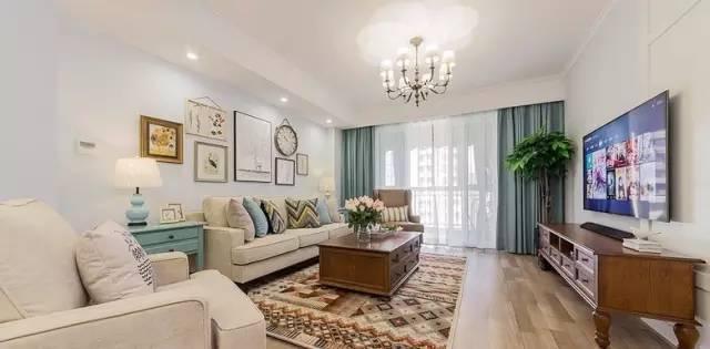 135㎡三房,全屋堪称完美!一个客厅简洁大方,非常漂亮!